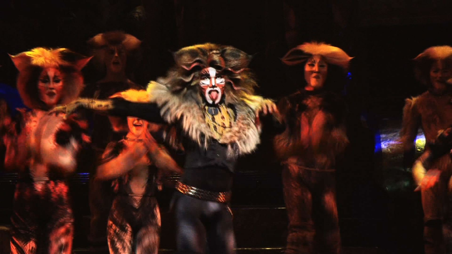 [Interview] CATS musical – Earl Gregory as Rum Tum Tugger